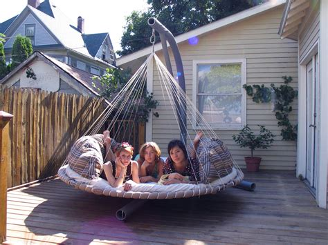 round swing bed swinging bed