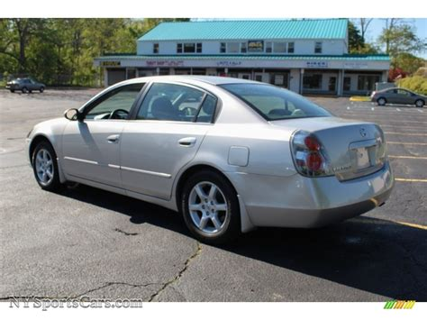 silver nissan nissan altima coupe 2010 silver imgkid com the