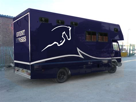 Horsebox Design Graphics | horsebox design ideas