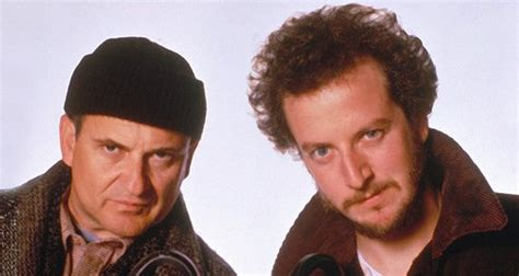 this is what harry and marv from home alone look like