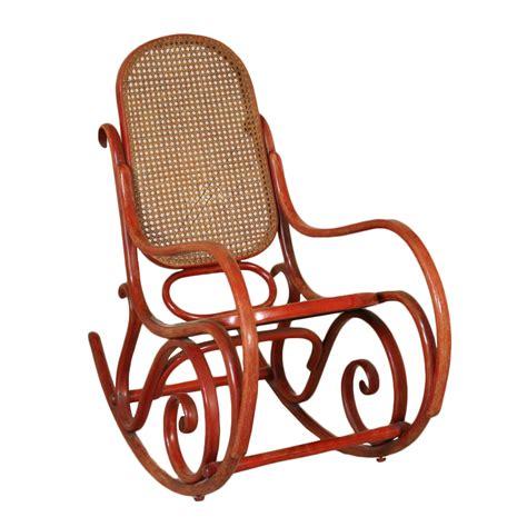 sedia a dondolo thonet sedia a dondolo stile thonet liberty bottega 900