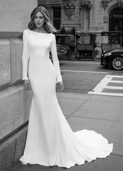 Wedding Dresses Long Sleeves Boat Neck Backless Bridal Gowns Flowers Plus Size | eBay