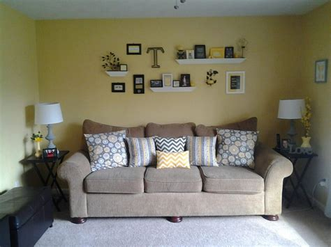 Yellow Black And Gray Living Room by Yellow Gray Black Living Room Decor Living Room Makeover Pinter