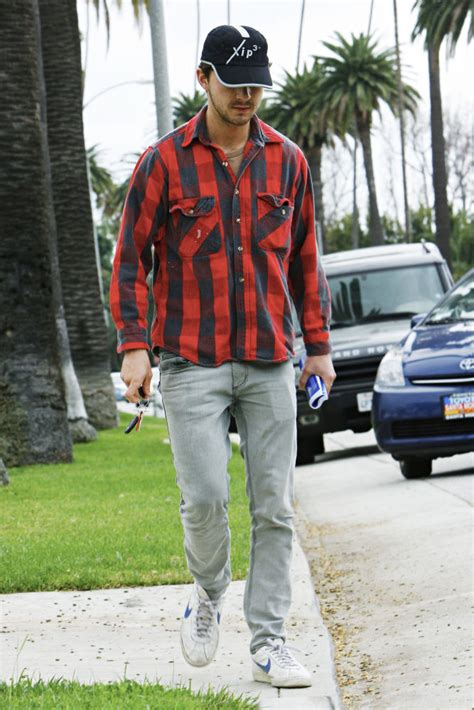 shia labeouf house shia labeouf picture 38 shia labeouf leaving al pacino s house in beverly hills