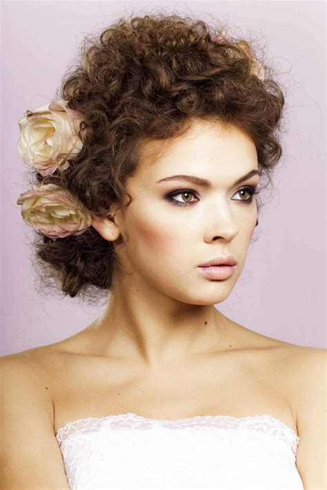 Vintage Wedding Hairstyles For Curly Hair vintage curly hairstyles fade haircut