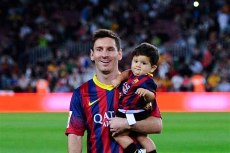 messi born baby lionel messi shemazing