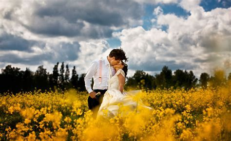 Wedding and Prewedding photographer in London Paris all UK