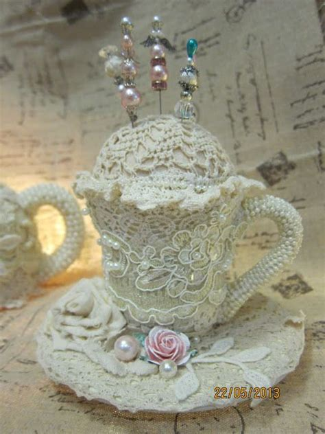 Cangkir Tea Shabby 17 best images about altered teacups on