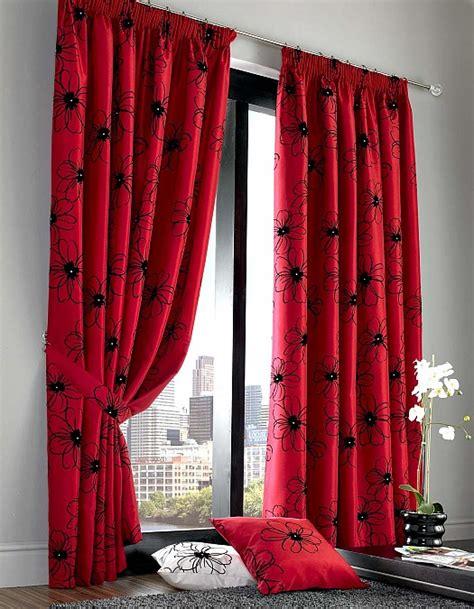 black and red bedroom curtains عيشي التألق و الدلال مع اللون الأحمر غرف نوم أبجورات