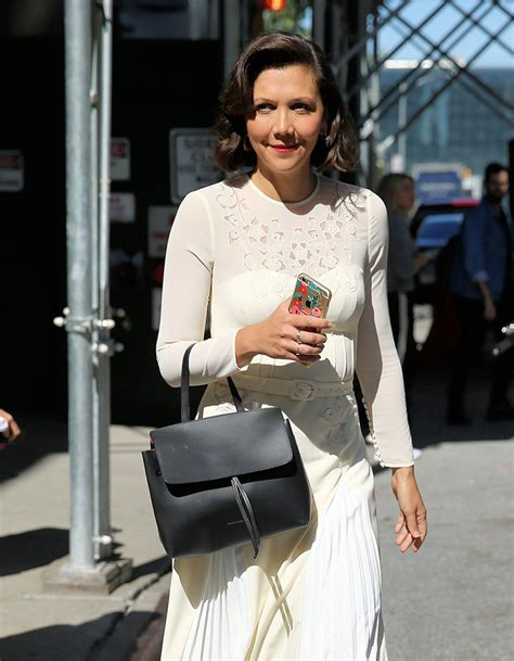 Name That Bag Maggie Gyllenhaal by The Many Bags Of New York Fashion Week 2018 S