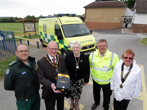 defibrillators stapleford community