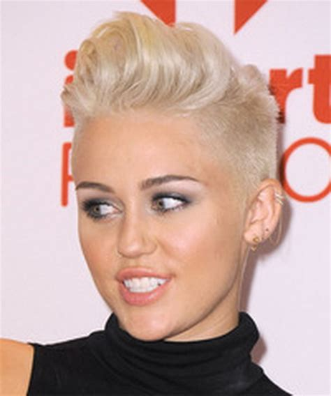 what is miley cyrus short hair style called miley cyrus short haircut