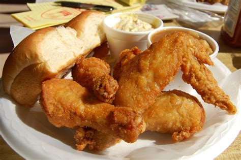 satisfying cravings for fried food where the difference is delicious at maryland fried chicken