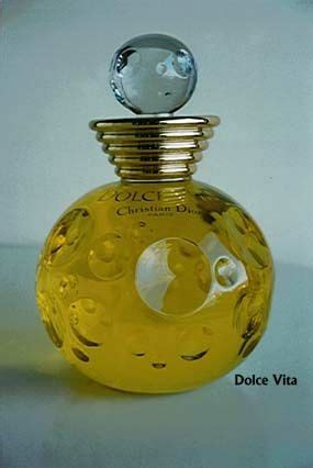 Botol Display Pajangan Parfum 47 best perfume displays images on perfume display perfume bottles and perfume bottle