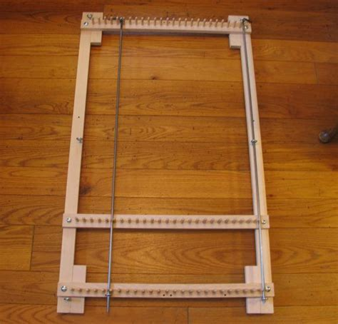 rug loom plans adjustable twining loom for rugs place mats or table