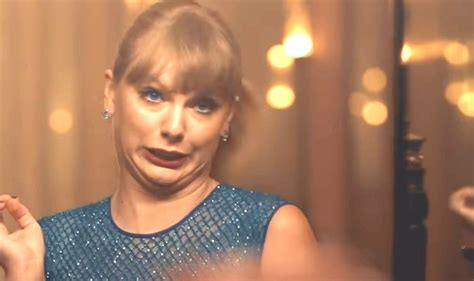 taylor swift delicate no music taylor swift s new music video delicate features dozens