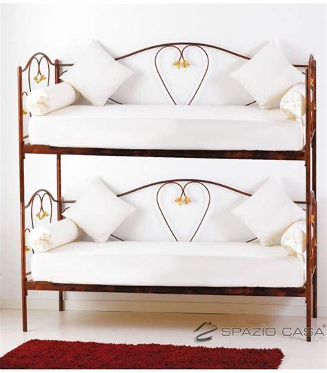 divano letto doghe in legno divano letto a in ferro battuto marilyn letti