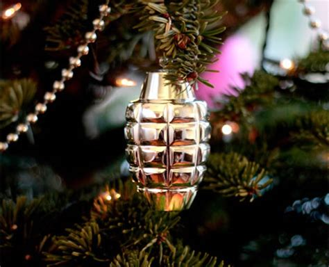 11 unusual and funny christmas ornaments oddee