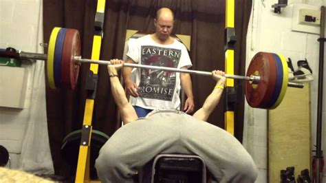 how to max out on bench press max out bench press 28 images bench press max out 350
