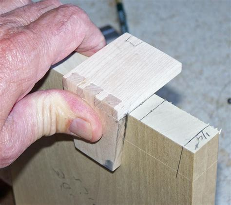 dovetail template maker great post on dovetails the tails with the
