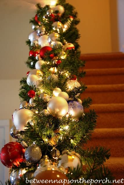 how to decorate banister with garland christmas banister decorations
