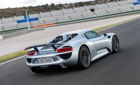 porsche 918 spyder car and driver