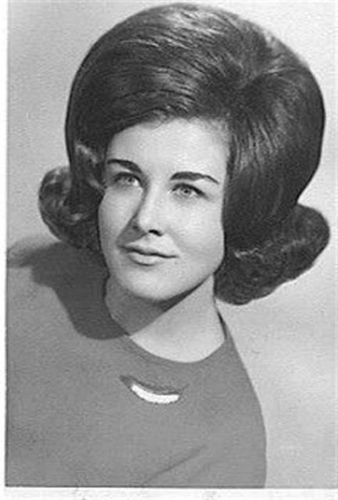 teased bouffant flip 1000 images about 1960s hair on pinterest