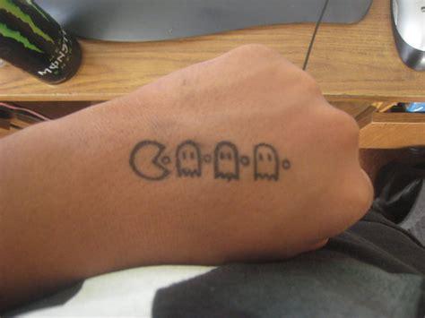 tattoo over pen pac man pen tattoo by psychoticmindsystem on deviantart