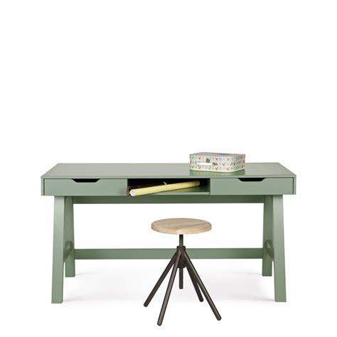 bureau enfant pin bureau enfant en pin massif by drawer