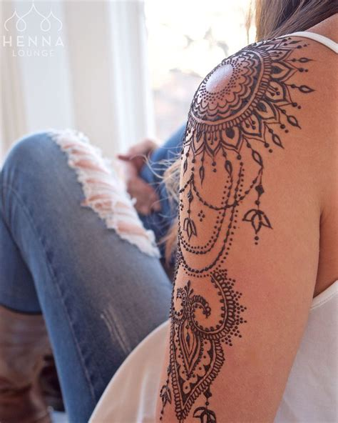 shoulder henna tattoo 25 best ideas about mandala shoulder on
