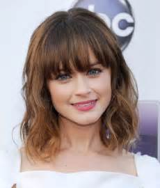 hairstyles medium length with wispy fringe and slightly curly cute hairstyles for medium length hair with bangs hair