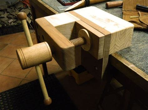 Wood Bench Vise By Mario Lumberjocks Com Woodworking