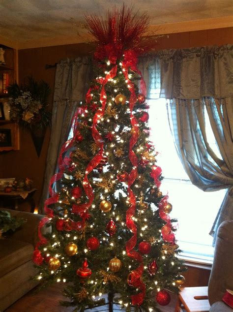 christmas tree decorations red and gold pinterest