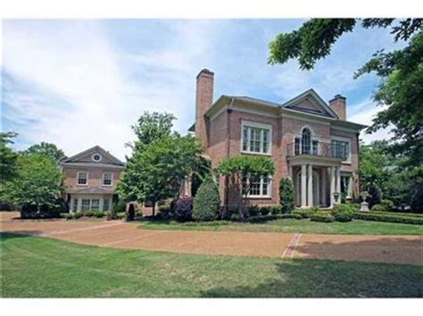 memphis tn luxury homes for sale 1 819 homes zillow memphis tn luxury homes for sale weichert com