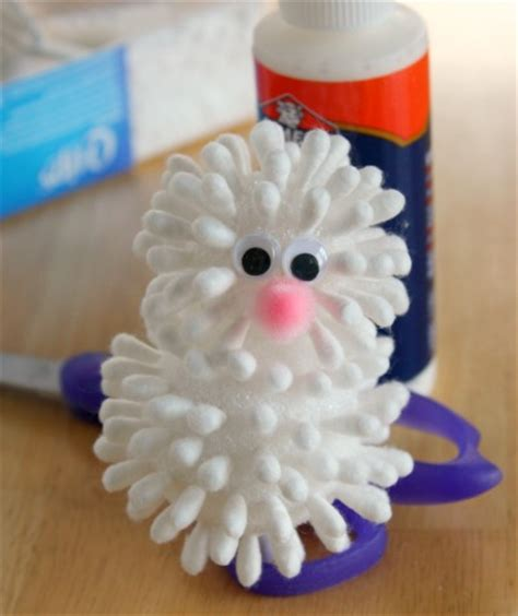 Papercraft Tips - hippity hop here comes a q tip bunny make and takes