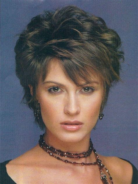 hairstyles for thin hair round face over 40 2018 popular short layered hairstyles for fine hair over 50