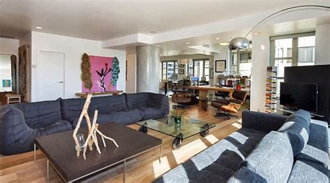 kendall jenner 18 splashes out 1 39m on two bed la