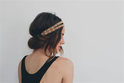 tuck in hairstyles hair tutorial headband tuck treasures travels