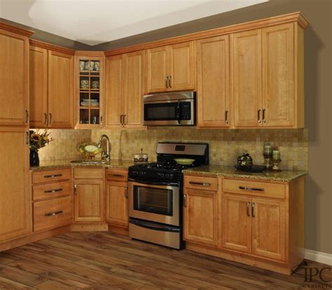 gorgeous golden oak kitchen cabinets with stainless steel undermount sink also