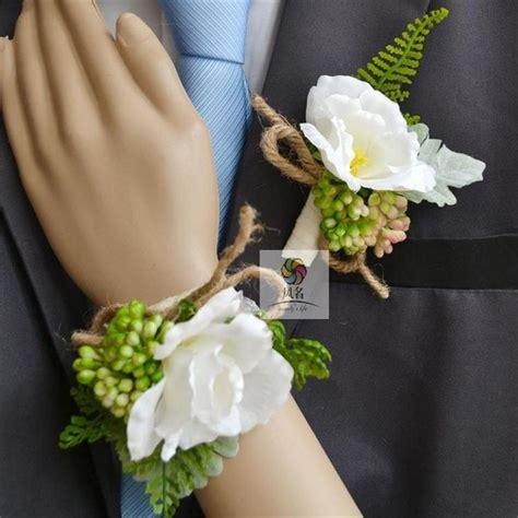 Wrist Corsage Groom Brooch Boutonniere Pin Bunga Bridesmaid 4 les 25 meilleures id 233 es de la cat 233 gorie corsage poignet de