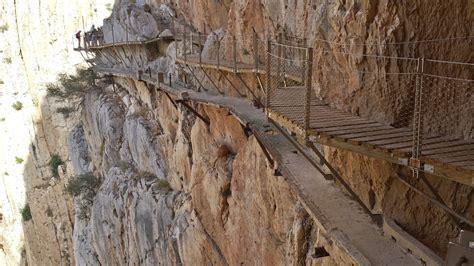 el cerrajero del rey el caminito del rey how to survive the world s deadliest pathway