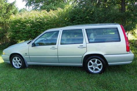 buy   volvo  wagon  door  beautiful clean  leicester north carolina