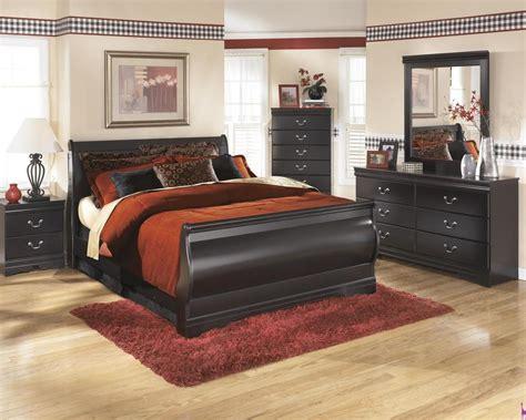 king size sleigh bedroom set ashley huey vineyard b128 king size sleigh bedroom set