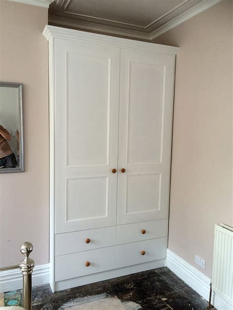 Painting Mdf Wardrobes by Alcove Wardrobe Doors Flat Doors Fitted Wardrobes