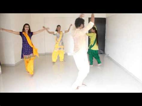 dance tutorial indian super hit indian girl s dance on gujrati garba song new