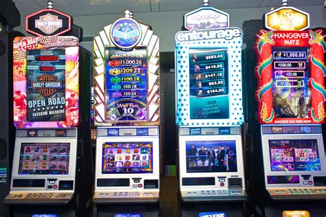 New Bally Money Clip Mirror Tipe A slot machines perfected addictive gaming now tech wants