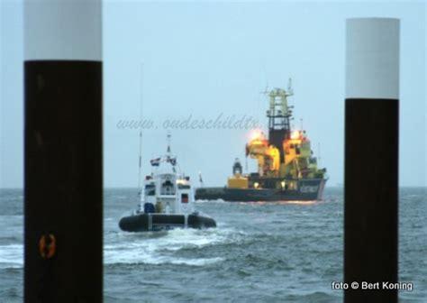 scheepvaart noordzee volgen grote oefening met de kustwacht voor de haven van