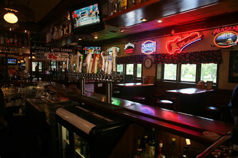top bars in minneapolis top bars in minneapolis best sports bars for watching nfl