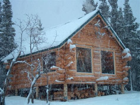 log cabin living  alaska   winter