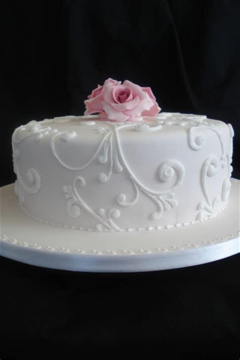 Multi Tiered Wedding Cake   BEACH WEDDING DRESSES